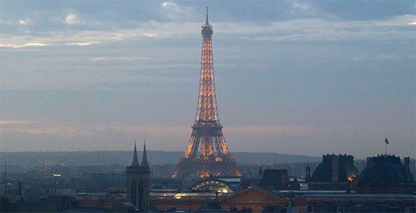 Большинство селфи туристы сделали у Эйфелевой башни. 311004.jpeg