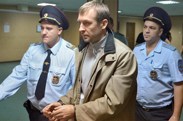 Стало известно, от каких фирм Захарченко получил 8,5 миллиарда р