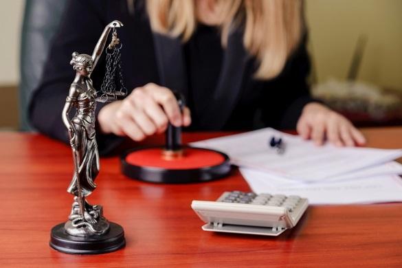 С нарушением закона заключаются ежегодно до 7% сделок с жильем в простой письменной форме. 399005.jpeg