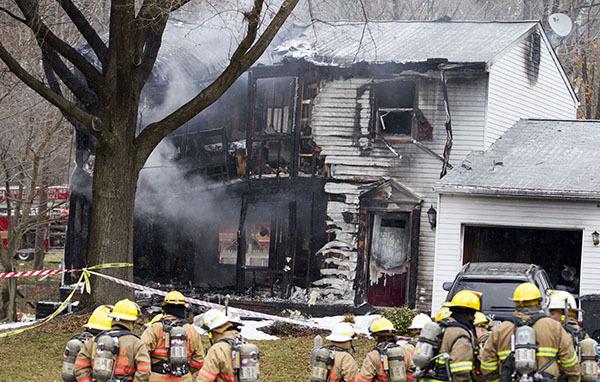 В Мэриленде на жилой дом  упал самолет. 306007.jpeg