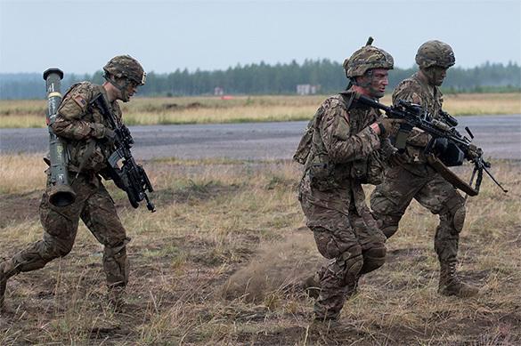 НАТО объявило полную боеготовность из-за конфликта с Россией