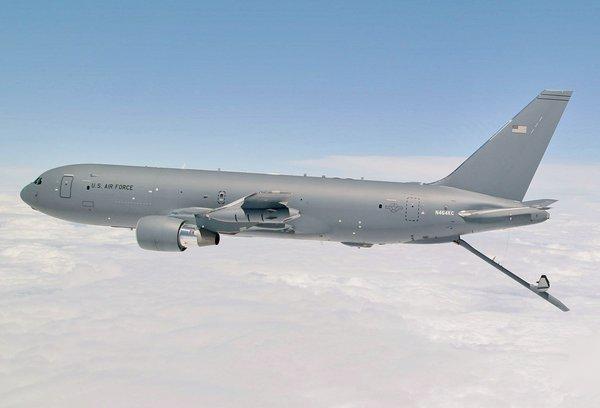Новый самолет-заправщик ВВС США летает, но не заправляет. 392007.jpeg