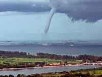 Мощный тайфун оставил без света 14 тысяч японских семей