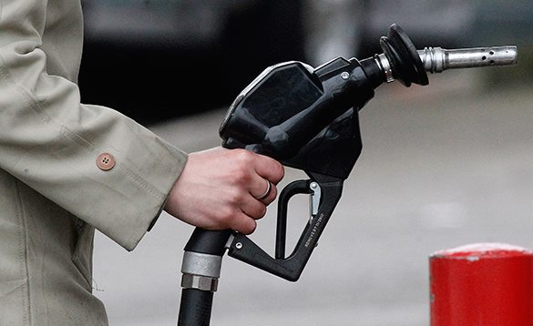 Рост цен на энергоносители приведет к спаду уровня жизни и беспорядкам в Британии - правительственный отчет. на запровке