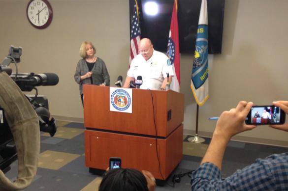 В США начались погромы из-за полицейского, убившего темнокожего наркодилера. Шеф полиции Сент-Луиса