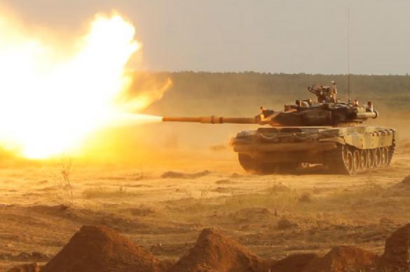 Китай использует российский танк Т-90С в качестве мишени на военных учениях. 400010.jpeg