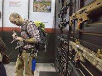 Оружейные выставки в США ломятся от посетителей. 279013.jpeg
