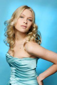 Алена Чурина: я мечтаю не о мехах и бриллиантах