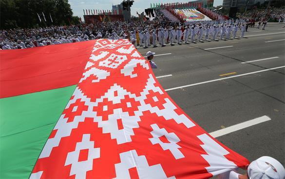 Белоруссия стремится на Запад, но Россию ей заменить не на что. 308014.jpeg