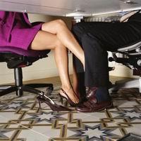 Женщины отбирают у мужчин не только работу...