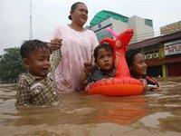 Десять тысяч человек в Инонезии пострадали от наводнения. 279018.jpeg