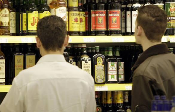 В России ограничена продажа алкоголя в пластике