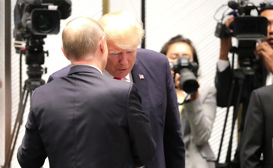 """""""Дураки и ненавистники"""": Трамп раскритиковал тех, кто враждебно настроен к России. Дураки и ненавистники: Трамп раскритиковал тех, кто враждебно"""