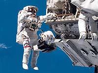 На орбите готовится второй выход в открытый космос
