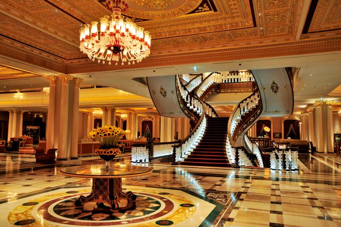 """В Анталье грабят самый богатый отель мира, построенный экс-владельцем """"черкизона"""". В Анталье грабят самый богатый отель мира, построенный экс-владе"""