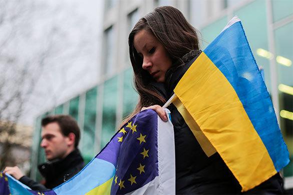 Украина становится все ближе к пропасти?