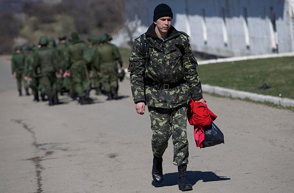 С сел Западной Украины массово бегут военнообязанные. 307025.jpeg