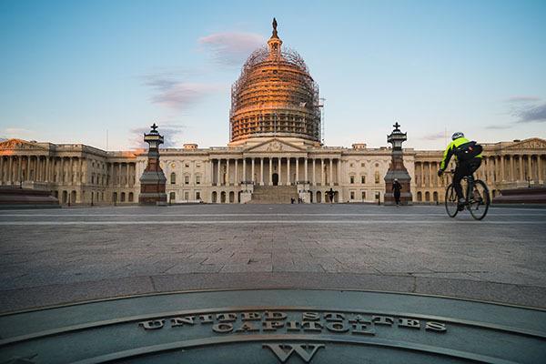 Financial Times: Вашингтон не желает послабления санкций против России. Сенат