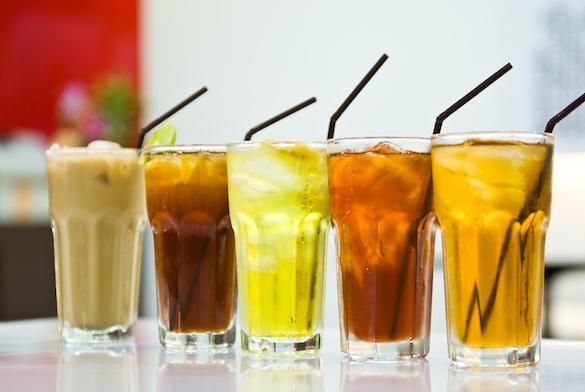 Почему не совместимы сладкие напитки и блюда, богатые протеином?