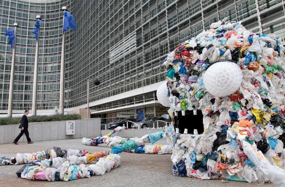 ВБрюсселе ввели запрет на разовые пластиковые пакеты