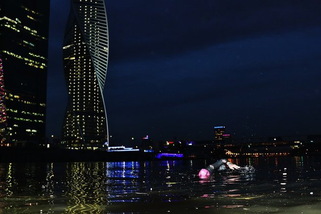 заплыв в Москве-реке
