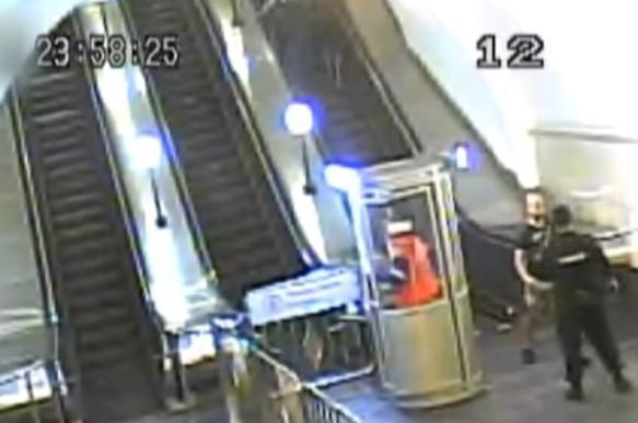 Смертельно пьяный москвич устроил в метро охоту на пингвинов. 393035.jpeg