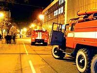 В центре Екатеринбурга горит здание