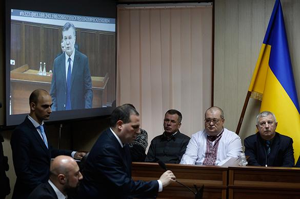 Состояние политического трупа вынудило Януковича дать показания