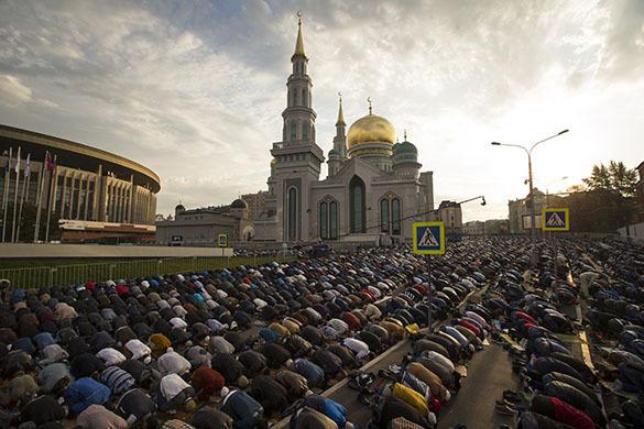 Путин поздравил мусульман России с праздником Курбан-байрам. Путин поздравил мусульман России с праздником Курбан-байрам