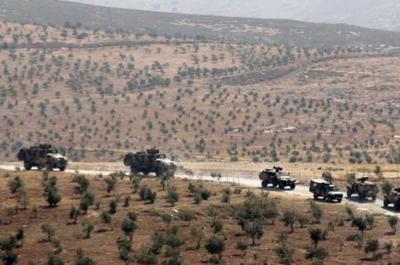Турецкие военные продвинулись вглубь Сирии, уничтожив по пути 10 человек. Турецкие военные продвинулись вглубь Сирии, уничтожив по пути 10