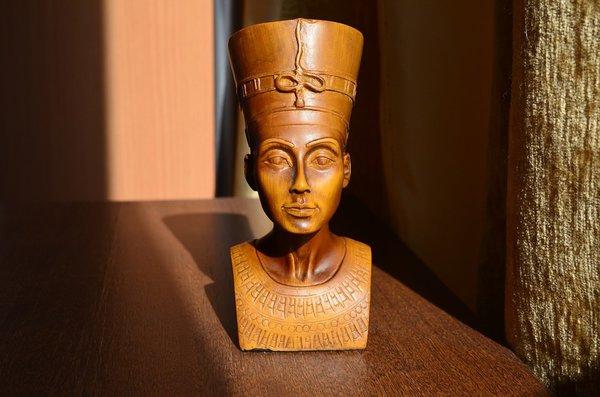 Косметика фараонов спасала от злых духов и глазных инфекций. Косметика фараонов спасала от злых духов и глазных инфекций
