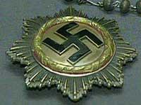 В Литве разрешили торговать старыми предметами с нацистской