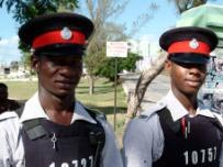 Захватчик чартерного самолета на Ямайке сдался полиции