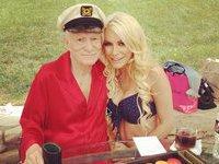 Неунывающий основатель Playboy женится на беглой невесте. 276045.jpeg