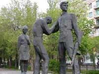 Волгоградские власти пообещали восстановить рухнувший памятник