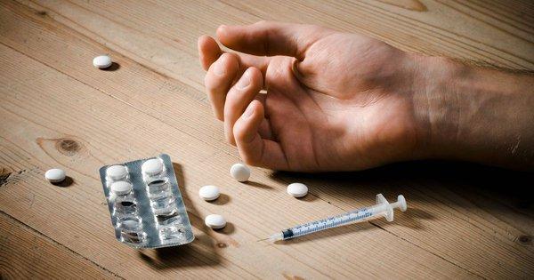 Нарколог: Бояться наркоманов - ошибка. наркоманы