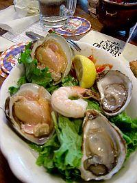 По содержанию питательных веществ морепродукты немногим
