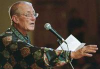 Евгений Евтушенко празднует 75-летний юбилей