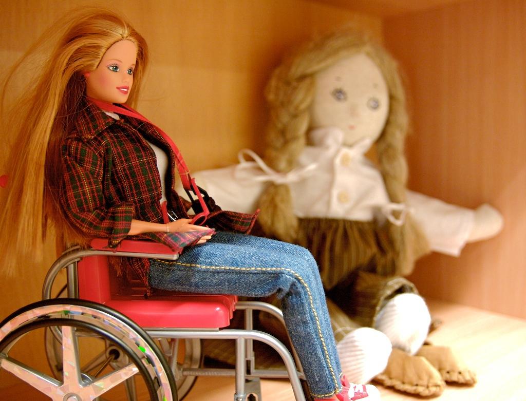 Куклу Барби с инвалидностью скоро выпустят в США. 399050.jpeg