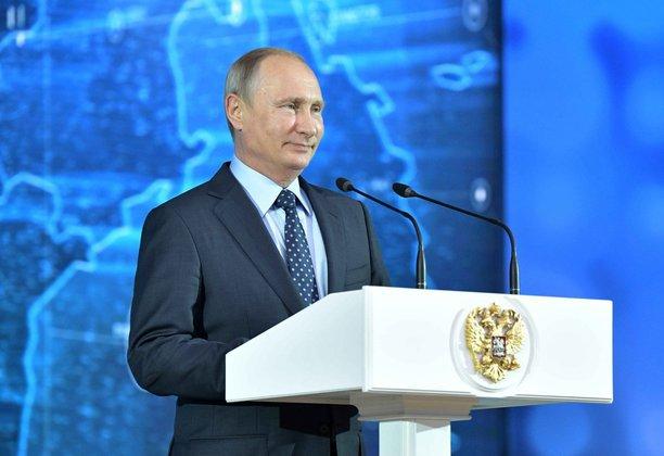 Путин поговорил со школьниками о Великой Отечественной и о выборе профессии. Путин поговорил со школьниками о Великой Отечественной и о выбор