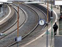 Два пассажирских поезда в ЮАР столкнулись в час пик. 280052.jpeg