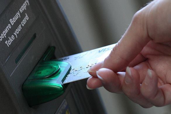 На Украине банкоматы российских банков залили монтажной пеной