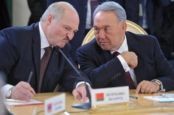 Лукашенко выразил сожаление по поводу отставки Назарбаева. 401055.jpeg