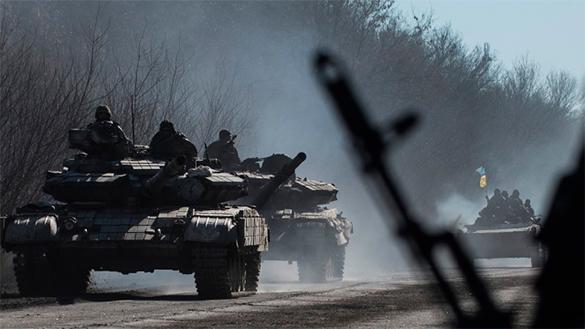 Новая война на подходе: Киев подтягивает к Донецку тяжелую технику - источник. украинская армия, солдаты, танки, бронетехника