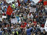 Пациенты чикагских психбольниц устроили митинг накануне саммита НАТО. 259058.jpeg