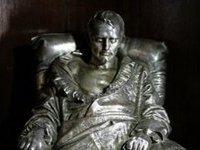 В поместье Вальтера Скотта обнаружили прядь волос Наполеона. napoleon
