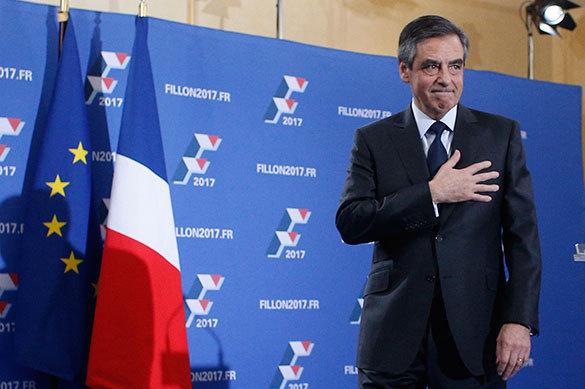 Франсуа Фийон объявил обуходе избольшой политики
