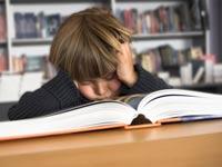 Британских школьников будут учить правильно спать