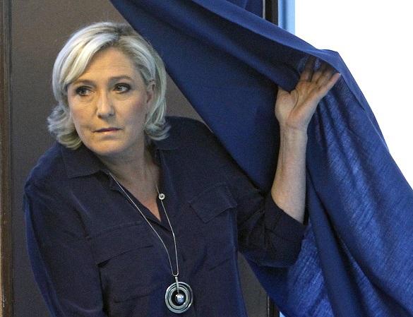 Страсти вокруг Марин Ле Пен: почему Европарламент лишил ее непри