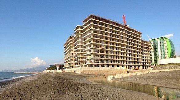 Власти Сочи приступили к сносу жилого комплекса на берегу моря. 396064.jpeg